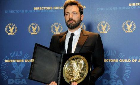 Affleck amb el seu premi de la DGA.