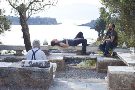 En aquesta ocasió, la pel·lícula transcorr en un dia de les vacances de Celine i Jesse a Grècia.