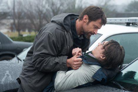 Hugh Jackman, perdent la compostura enfront el principal sospitòs.
