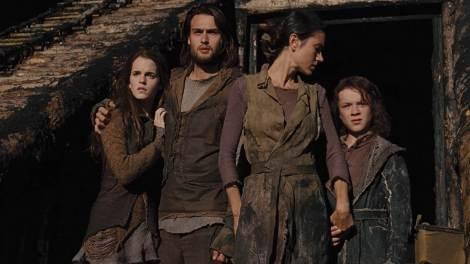 La guapa família de Noé, podria ser perfectament vestida per una campanya de Mugatu.